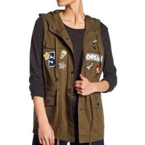 Other - NWT PATCHWORK  HOODIE MILITARY SLEEVELESS JACKET
